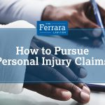 Man with injured right arm filing a personal injury claim.